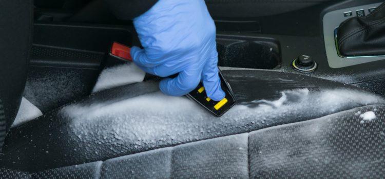 Metody czyszczenia tapicerki samochodowej