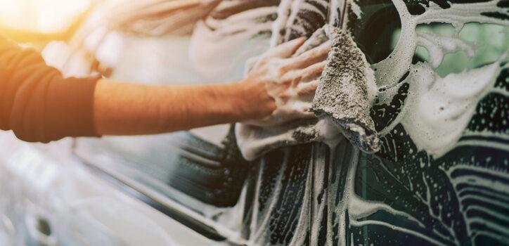 Jak poprawnie myć samochód?